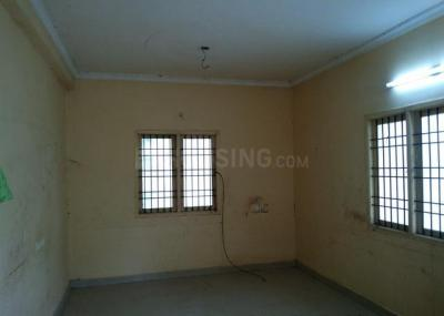 Gallery Cover Image of 2100 Sq.ft 3 BHK Independent House for rent in Kolapakkam for 12000