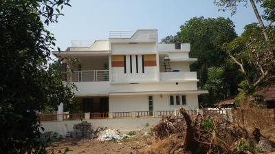 Gallery Cover Image of 1600 Sq.ft 3 BHK Independent House for buy in Koonammavu for 6100000