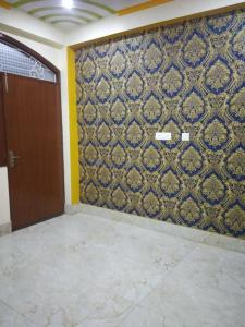 Gallery Cover Image of 900 Sq.ft 3 BHK Apartment for buy in Vasundhara for 4400000