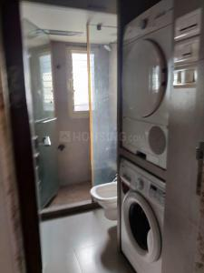 Bathroom Image of Goregaon Boy PG in Malad East