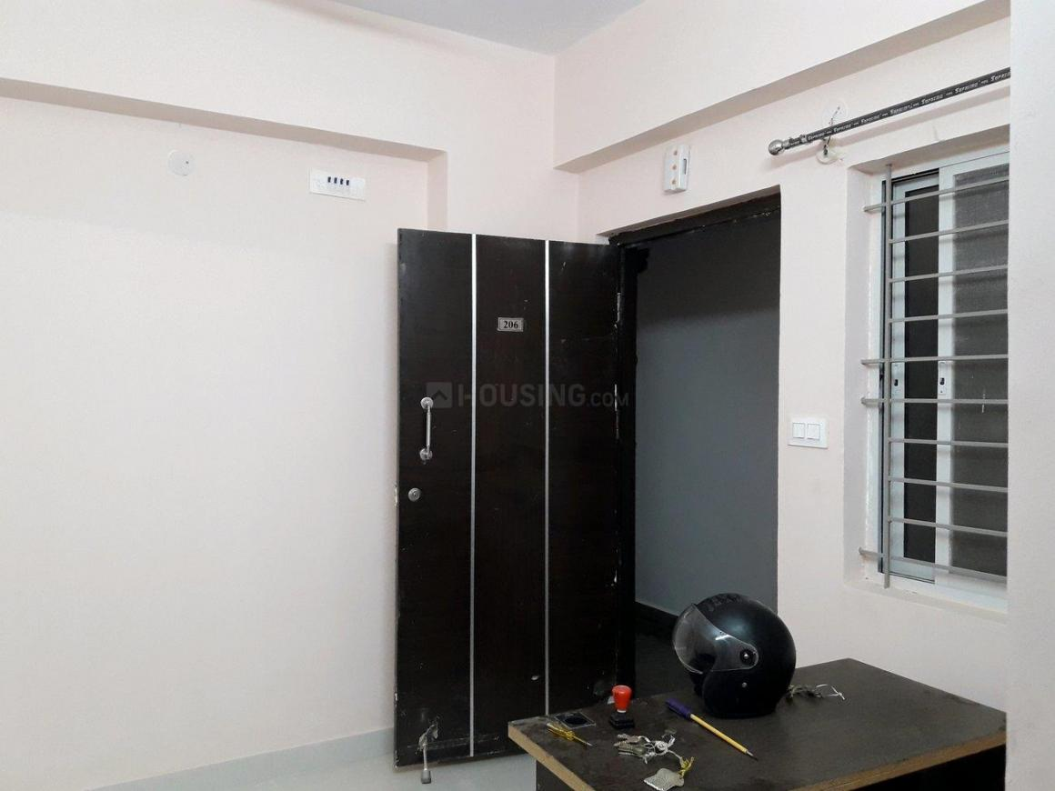 Living Room Image of 550 Sq.ft 1 BHK Apartment for rent in Munnekollal for 14000