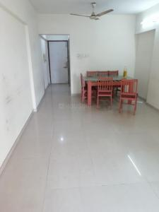 Gallery Cover Image of 1000 Sq.ft 2 BHK Apartment for buy in Lokhandwala Sierra Towers, Kandivali East for 14400000