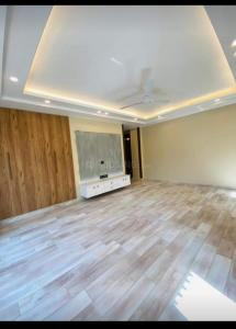 Gallery Cover Image of 3500 Sq.ft 4 BHK Independent Floor for buy in Sector 49 for 21500000