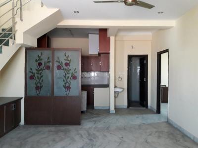 Gallery Cover Image of 2300 Sq.ft 5 BHK Apartment for rent in West Marredpally for 34000