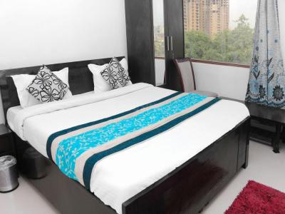 Gallery Cover Image of 1000 Sq.ft 3 BHK Independent House for rent in Sector 104 for 35000