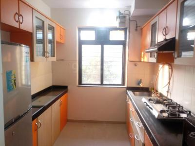 Gallery Cover Image of 920 Sq.ft 2 BHK Apartment for rent in Mulund West for 35000
