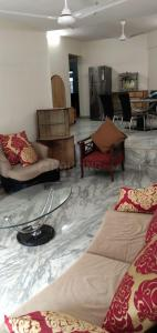 Gallery Cover Image of 1300 Sq.ft 3 BHK Apartment for rent in Skylark Towers CHS, Andheri West for 90000