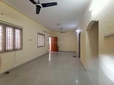 Gallery Cover Image of 1258 Sq.ft 2 BHK Apartment for rent in Velachery for 15000