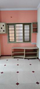 Gallery Cover Image of 550 Sq.ft 1 BHK Independent Floor for rent in Adugodi for 9500