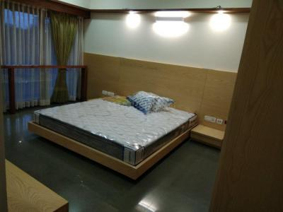 Gallery Cover Image of 2844 Sq.ft 2 BHK Independent Floor for rent in DLF Phase 3 for 40000