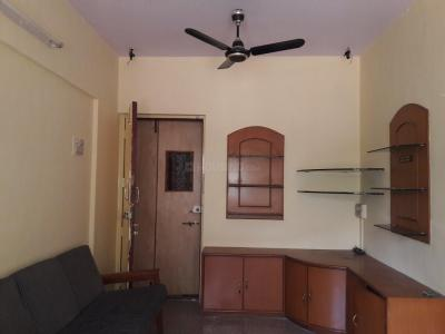 Gallery Cover Image of 465 Sq.ft 1 BHK Apartment for rent in Kandivali East for 20000
