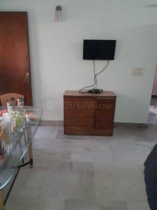 Gallery Cover Image of 1000 Sq.ft 2 BHK Apartment for rent in Shipra Sun Tower, Shipra Suncity for 13000