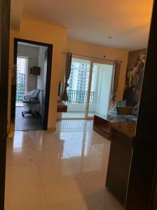 Gallery Cover Image of 680 Sq.ft 1 BHK Apartment for rent in Sunworld Arista, Sector 168 for 17800