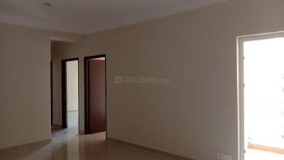 Gallery Cover Image of 1380 Sq.ft 3 BHK Apartment for rent in Noida Extension for 15000