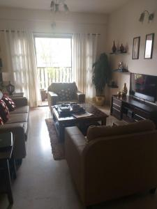 Gallery Cover Image of 2250 Sq.ft 3 BHK Apartment for rent in Iris Elegant, Cox Town for 45000