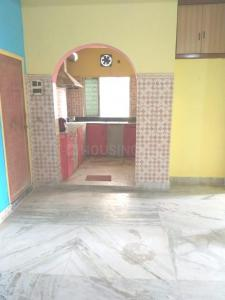 Gallery Cover Image of 900 Sq.ft 2 BHK Apartment for rent in Tias Appartment, South Dum Dum for 10000