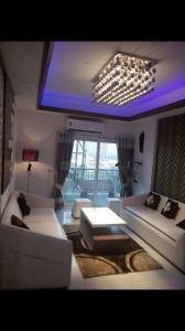 Gallery Cover Image of 2380 Sq.ft 4 BHK Apartment for rent in Sector 78 for 29000