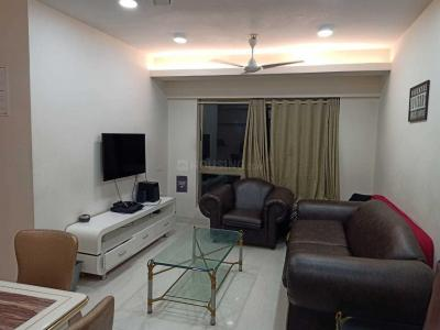 Gallery Cover Image of 800 Sq.ft 2 BHK Apartment for rent in Darvesh Grand, Khar West for 80000