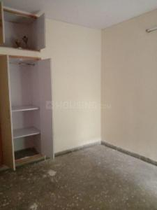 Gallery Cover Image of 1300 Sq.ft 2 BHK Apartment for rent in Sector 19 Dwarka for 22000