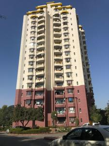 Gallery Cover Image of 1640 Sq.ft 3 BHK Apartment for rent in Sector 41 for 42000