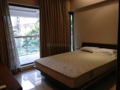 Gallery Cover Image of 1400 Sq.ft 3 BHK Apartment for rent in Bandra West for 190000
