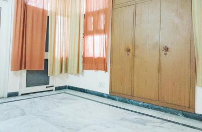Gallery Cover Image of 1800 Sq.ft 3 BHK Apartment for rent in Sector 62 for 24000