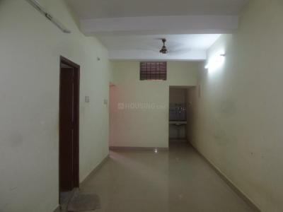 Gallery Cover Image of 1350 Sq.ft 2 BHK Apartment for rent in Velachery for 15000