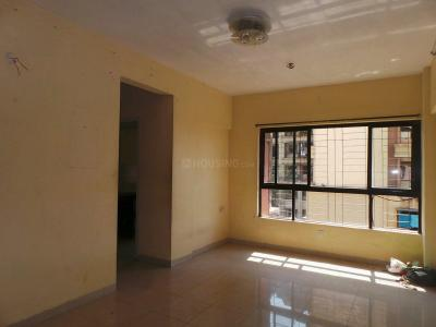 Gallery Cover Image of 540 Sq.ft 1 BHK Apartment for buy in Neighbourhood Society, Kandivali East for 7800000