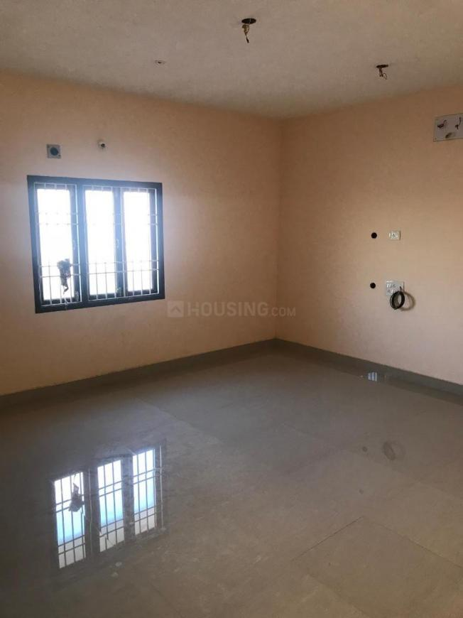 Living Room Image of 850 Sq.ft 2 BHK Apartment for rent in Puzhal for 10000