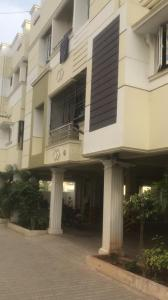 Gallery Cover Image of 640 Sq.ft 1 BHK Apartment for buy in Vanagaram  for 2600000