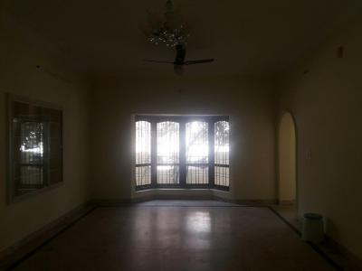 Gallery Cover Image of 1500 Sq.ft 3 BHK Independent Floor for rent in Hebbal Kempapura for 23000