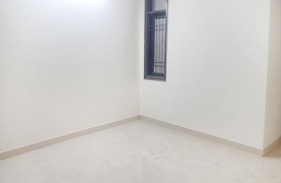 Gallery Cover Image of 750 Sq.ft 1 BHK Independent House for rent in DLF Phase 1 for 13500