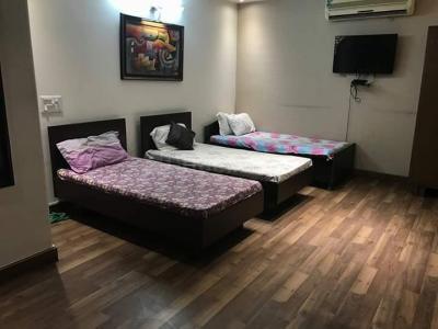 डीएलएफ फेज 2 में हार्श के बेडरूम की तस्वीर