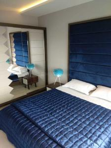 Gallery Cover Image of 560 Sq.ft 1 BHK Apartment for rent in Borivali East for 22000