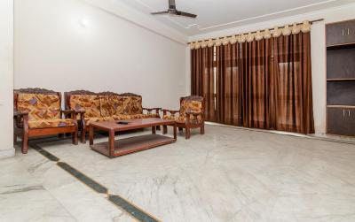 Gallery Cover Image of 1800 Sq.ft 3 BHK Apartment for rent in Sector 51 for 32000
