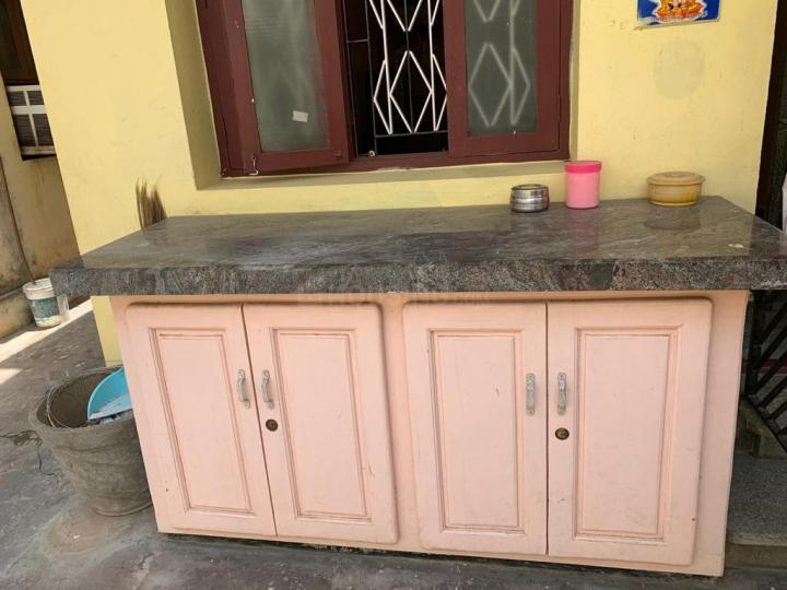 Kitchen Image of 890 Sq.ft 2 BHK Apartment for rent in Selaiyur for 600000
