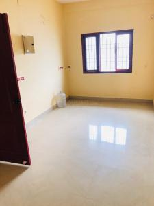 Gallery Cover Image of 900 Sq.ft 2 BHK Apartment for rent in Madhanandapuram for 8500