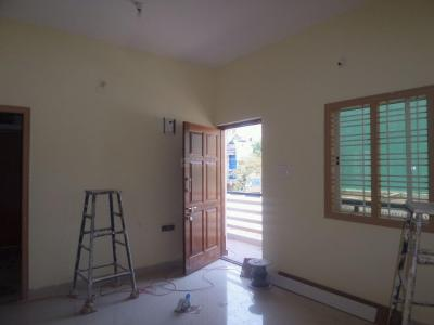 Gallery Cover Image of 700 Sq.ft 2 BHK Apartment for rent in J. P. Nagar for 17000
