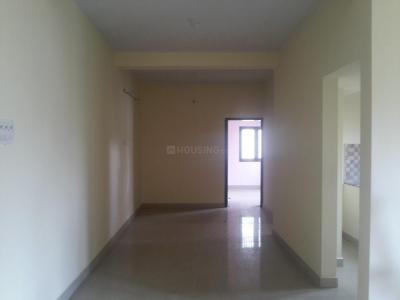 Gallery Cover Image of 840 Sq.ft 2 BHK Apartment for rent in Sembakkam for 10000