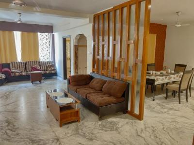 Gallery Cover Image of 2000 Sq.ft 3 BHK Apartment for rent in Gariahat for 80000