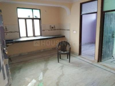 Gallery Cover Image of 550 Sq.ft 2 BHK Independent Floor for rent in Wazirabad for 9000