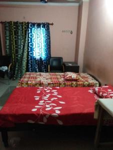 Bedroom Image of Universal PG in Palam Farms