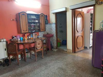Gallery Cover Image of 800 Sq.ft 2 BHK Apartment for rent in Beliaghata for 3875