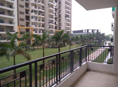 Gallery Cover Image of 1695 Sq.ft 3 BHK Apartment for buy in Gulshan Ikebana, Sector 143 for 10500000