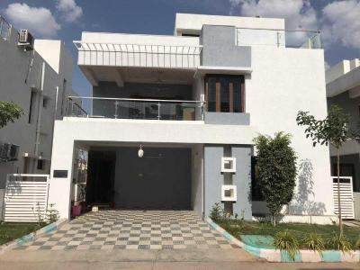 Gallery Cover Image of 2800 Sq.ft 3 BHK Villa for rent in Puppalaguda for 35000