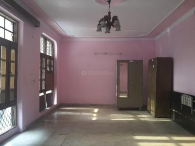 Gallery Cover Image of 2700 Sq.ft 3 BHK Independent Floor for rent in Paschim Vihar for 32000