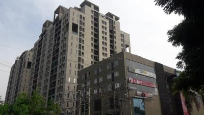 Gallery Cover Image of 2206 Sq.ft 3 BHK Apartment for buy in Jain West Minster, Saligramam for 19500000