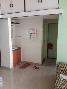 Gallery Cover Image of 620 Sq.ft 1 BHK Apartment for rent in Kothrud for 13000