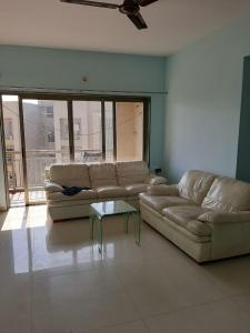 Gallery Cover Image of 2500 Sq.ft 3 BHK Apartment for rent in Goyal Orchid Whitefield, Makarba for 40000