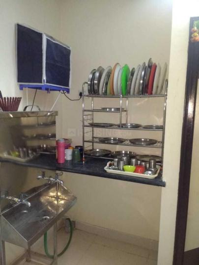 न्यू थिप्पसंदरा में वेंकटा नमरूठो पीजी में किचन की तस्वीर